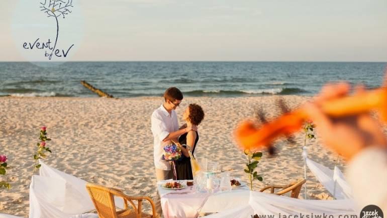 Zaręczyny na plaży przy zachodzie słońca !!!