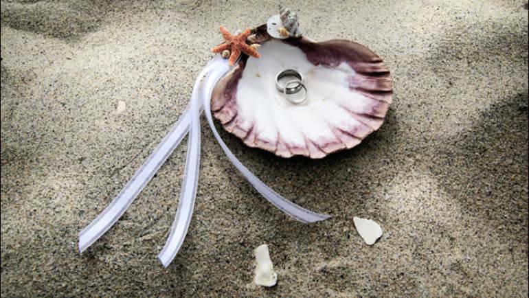 Poduszeczka na obrączki – mały dodatek  czy absolutne must have każdego ślubu?