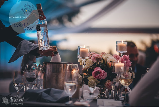 Ślub i wesele w plenerze – pięknie i nastrojowo!
